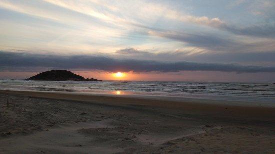 Praia da Vila: Madrugada