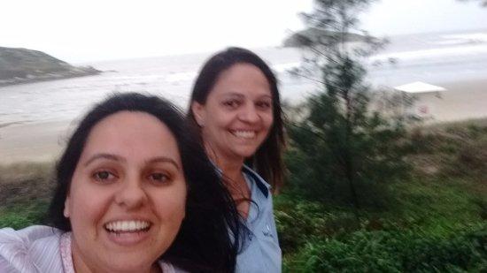 Praia da Vila: Eu e minha amiga Bruna