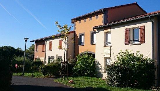Garden & City Clermont-Ferrand Gerzat : Exterior