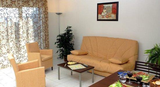 Garden & City Clermont-Ferrand Gerzat : Living Area