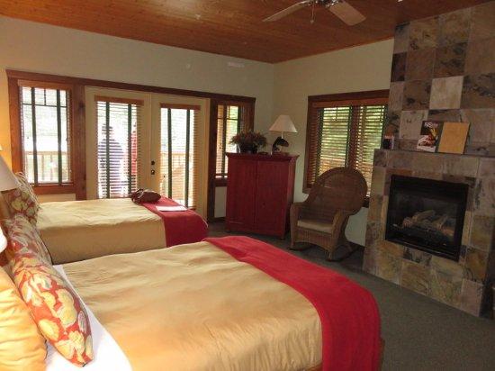 Lakedale Resort at Three Lakes Foto