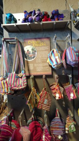 Fair Trade items, hand made  - Picture of Ark Encounter