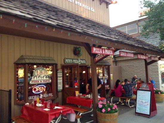 Pete's Rocky Mountain Pizza Company: photo0.jpg