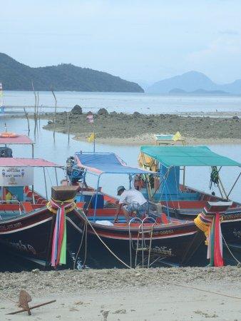 Thong Krut, Thailand: Verandah View