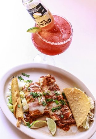 Altoona, PA: Build your own combo and fresh strawberry margarita