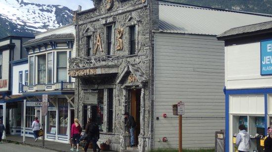 Trail of '98 Museum: old style buildings Skagway
