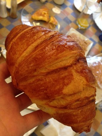 Arcadia Residence: Perfect Croissant