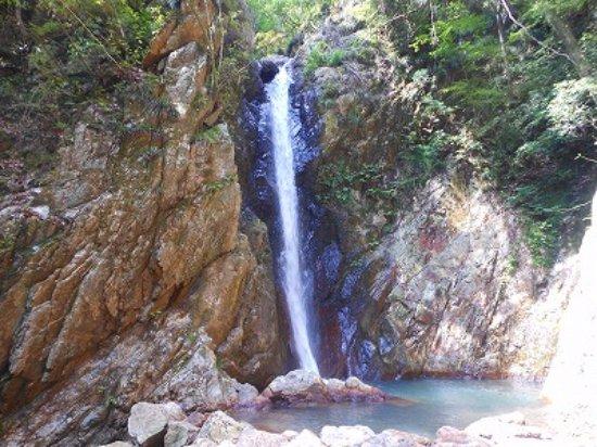 Dokko Falls: 独鈷の滝