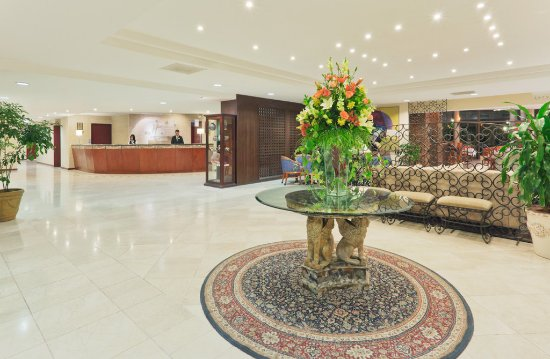 Holiday Inn Managua - Convention Center : Front Desk