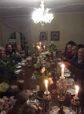 Illyria House: Bday dinner with friends and family