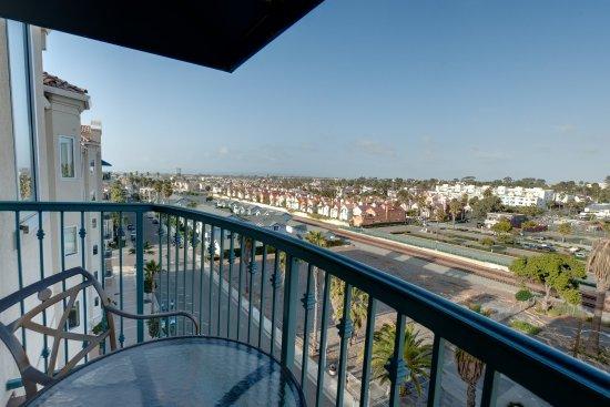 Wyndham Oceanside Pier Resort: OSCityview