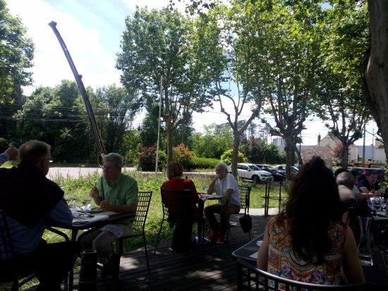 Le Creusot, França: La terrasse