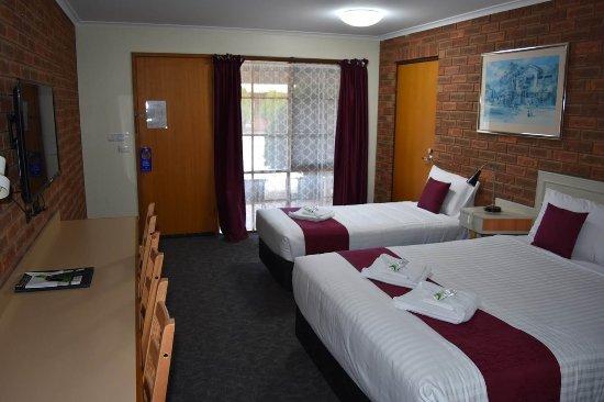 Kerang, Австралия: interlocking rooms