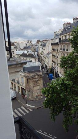 Hotel Americain : Utsikt från rummet
