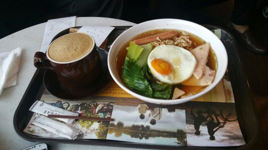 Old Town White Coffee: Coffee was Good! Noodle soup was so good after a long flight