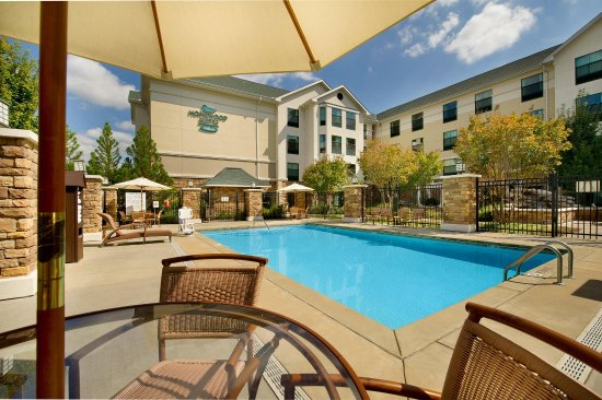Homewood Suites by Hilton Columbus: Outdoor Pool