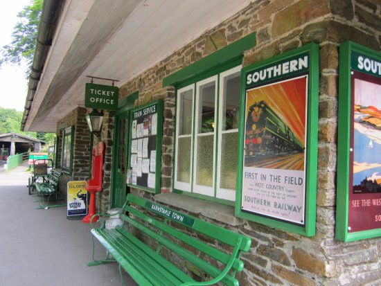 Parracombe, UK: Platform ticket Office