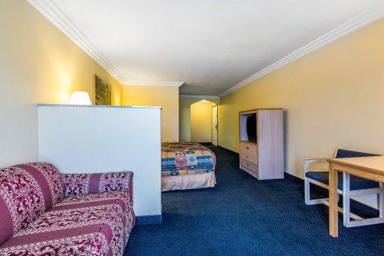 Azusa, CA: Guest Room