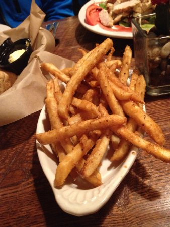 Prineville, OR: Fries served with prime rib