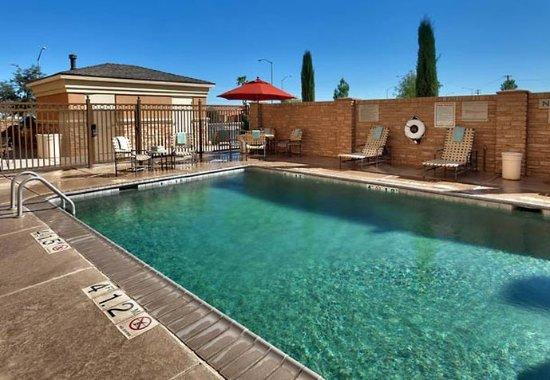Thatcher, AZ: Outdoor Pool