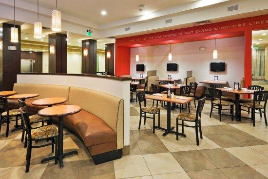 Bellmead, TX: Kems Restaurant & Bar