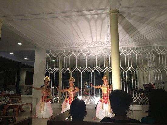 Heritance Ahungalla: Srilankan Show