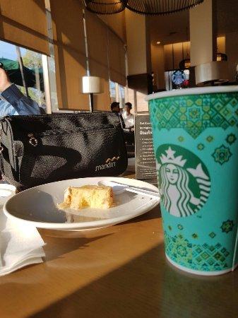 Starbucks Paragon Mall