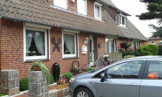Egestorf, Alemania: Frontansicht der Pension