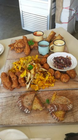 Potchefstroom, South Africa: Decadent platter for 2