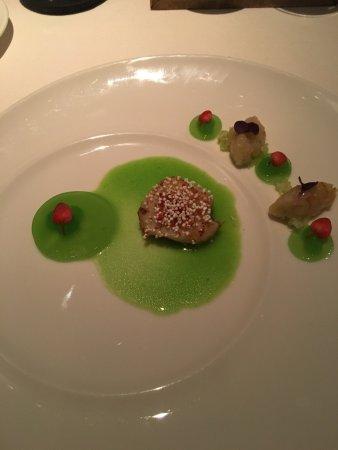 Gourmetrestaurant Esszimmer: Jacobsmuschel Apfel Sellerie