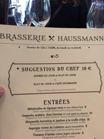 Brasserie Haussmann: Ambiente sofisticado e elegante, próximo à Galeria Lafayette. Comida deliciosa e atendimento pri
