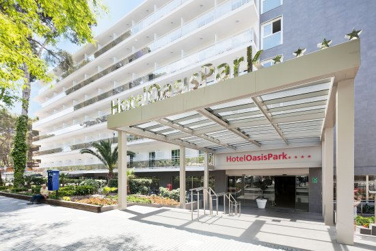 Photo of Hotel Oasis Park Salou