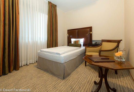 Hotel Restaurant Engel : Economy Einzelzimmer