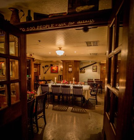 Champagne Charlies: Private Dining