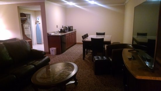 BEST WESTERN Wooster Hotel: Executive Suite