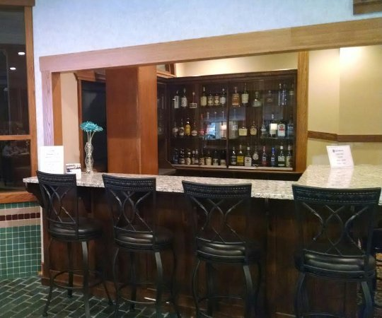 BEST WESTERN Wooster Hotel: Open 7pm - 11pm Tues - Sat