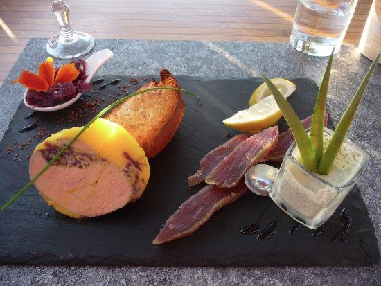 Vagnas, Francia: Entrée Foie-Gras et Thon mariné