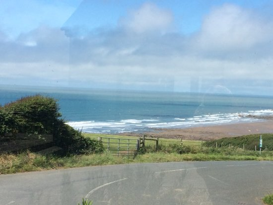 ‪‪Widemouth Bay‬, UK: View from front of hotel‬