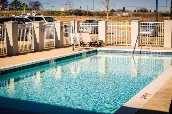 Evergreen, AL: Al Pool