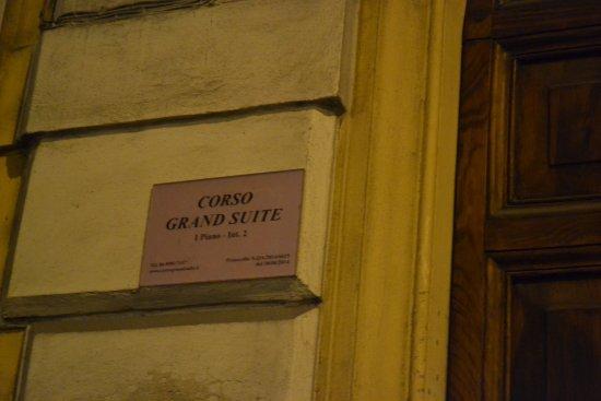 Class House : Entrada al hotel