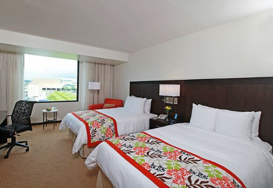 Courtyard Panama at Metromall Mall: Double/Double Guest Room