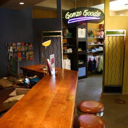 The Gonzo Inn: IMG