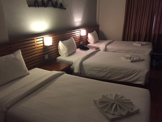Riverside Suites: photo0.jpg