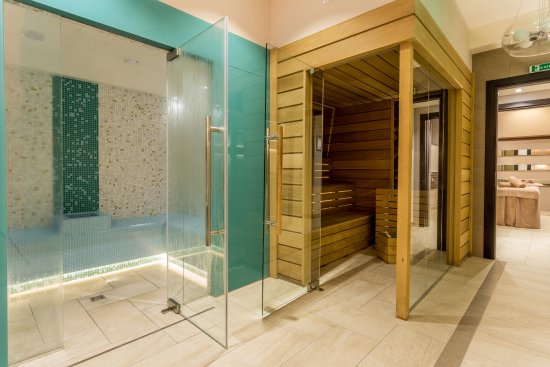 Sauna and Steam Room - Picture of New Splendid Hotel & Spa ...