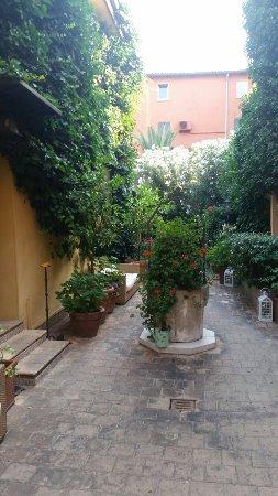 Hotel Porta San Mamolo: 20160707_073814_large.jpg