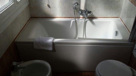 BEST WESTERN Hotel Biasutti: 20160610_163945_large.jpg
