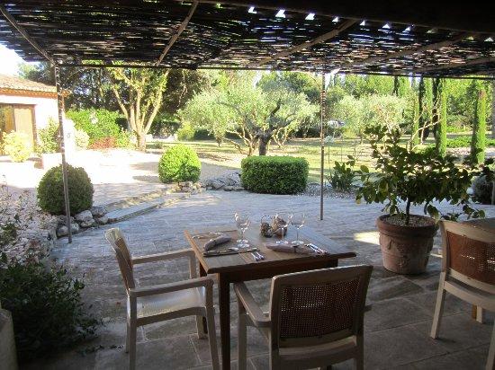 Graveson, France : le patio
