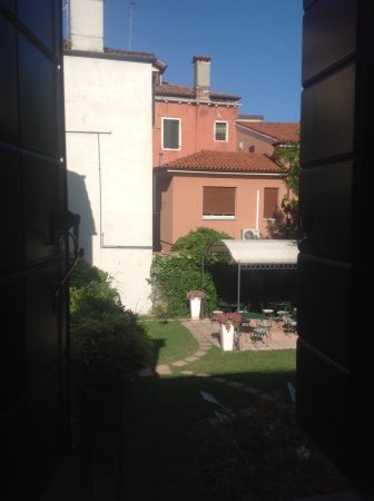 Santa Margherita Guesthouse Photo