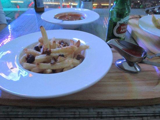 Sanhe Food Guide: 10 Must-Eat Restaurants & Street Food Stalls in Sanhe