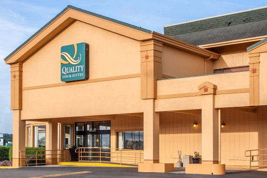 Quality Inn & Suites Coos Bay: Exterior
